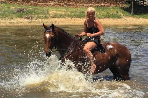 viaggioemozioneacavallo-a-cavallo-nella-savana-19