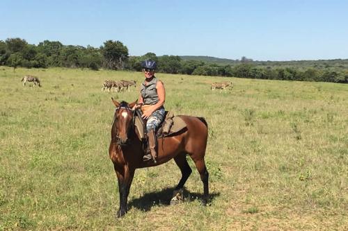 viaggioemozioneacavallo-a-cavallo-nella-savana-5
